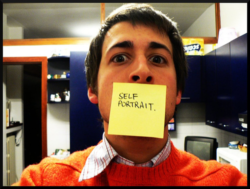 Self-portraiture + metadata by Saltatempo's. Some rights reserved